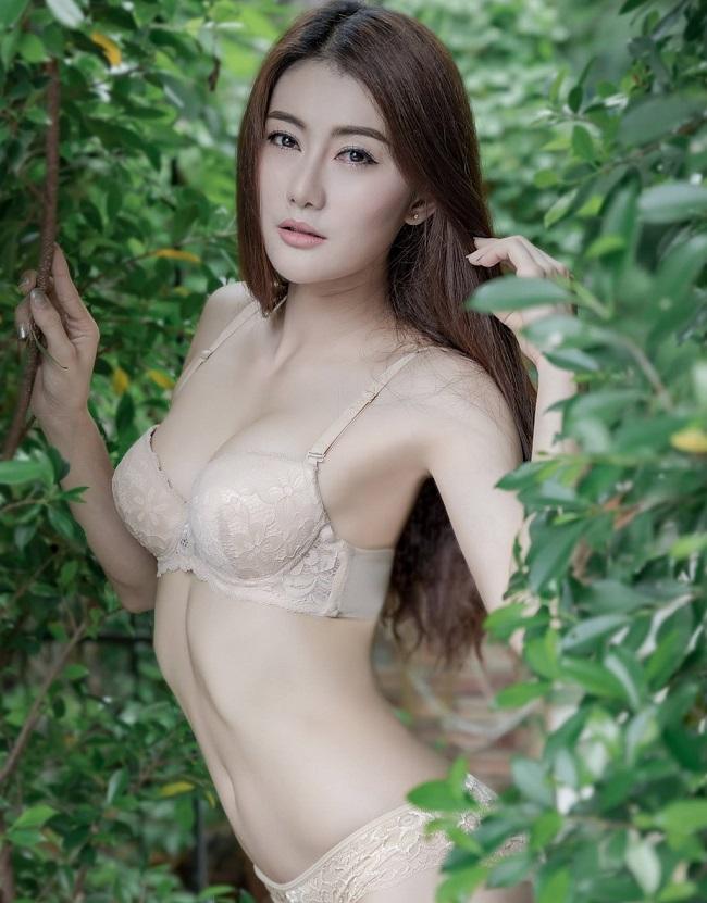 ao-tam-mau-nude-mong-tang-nhin-nhu-khong-dang-hot-tai-chau