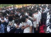 Học sinh Nghệ An khóc như mưa trong buổi học kỹ năng sống
